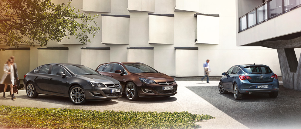 Opel_Astra_Exterior_Design_992x425_as14_e02_091