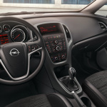 Opel_Astra_Hatchback_Drive_Interior_Design_992x425_as15_i01_223