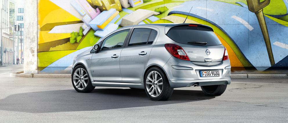 Opel_Corsa_ExteriorView_992x425_co115_e01_013